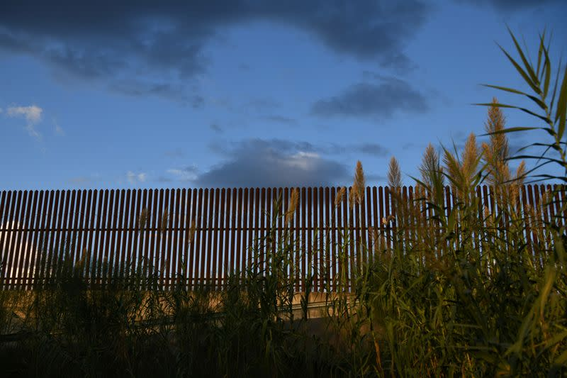 House Democrats to introduce bill clawing back border wall funds