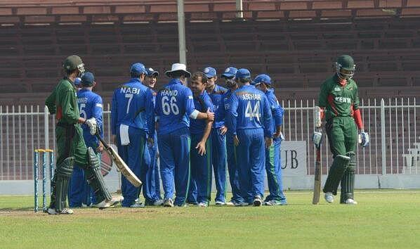 Afghanistan celebrate the fall of a Kenyan wicket