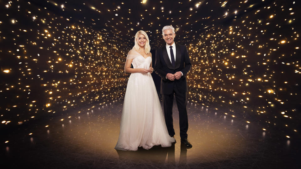Dancing on Ice: SR13 on ITV Pictured: Holly Willoughby and Phillip Schofield. (ITV)