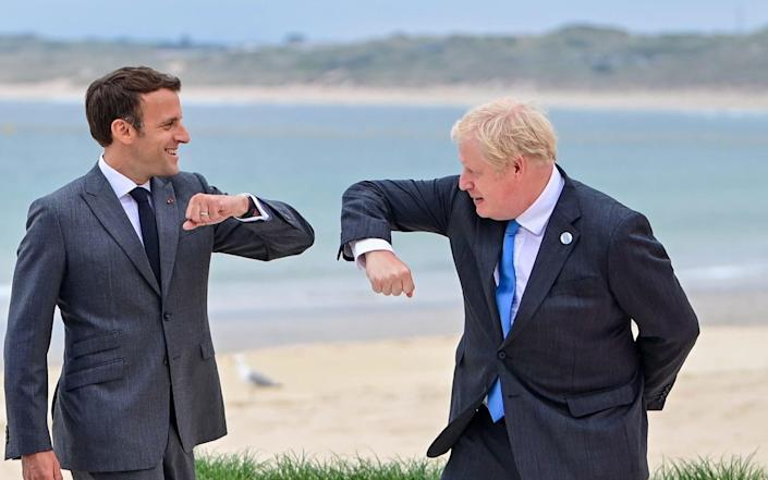 Best of Frenemies: The time has come for Boris to « prenez le phone » - EPA