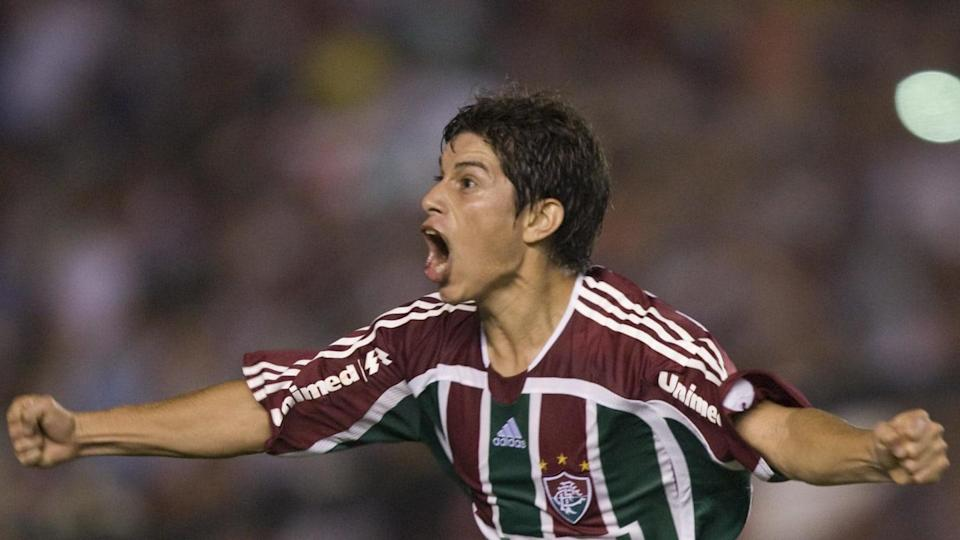 Fluminense footballer Dario Conca celebr | ANTONIO SCORZA/Getty Images