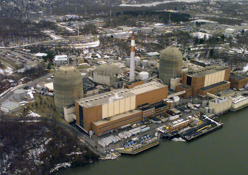 FILE - This Feb. 16, 2000, file photo, shows the Indian Point Energy Center in Buchanan, N.Y. Five years after the owner of Indian Point applied for licenses that would keep it running for 20 more years, federal hearings on the application are scheduled to begin Monday, Oct. 15, 2012. (AP Photo/Ed Bailey, File)