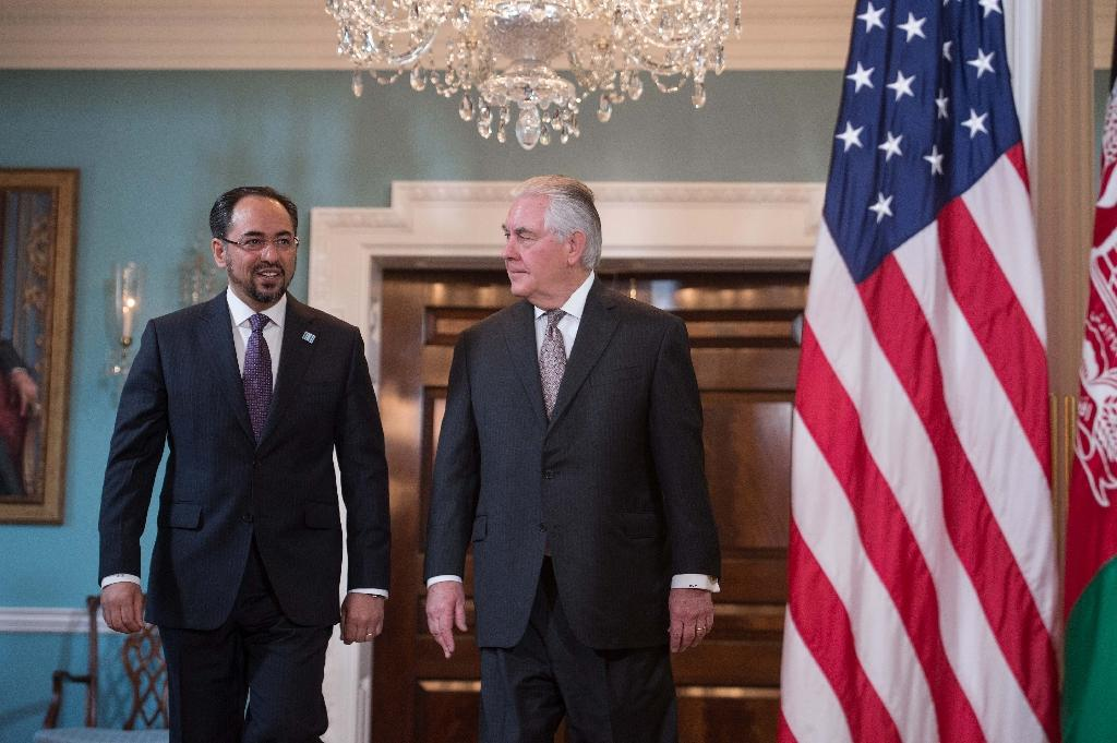 US Secretary of State Rex Tillerson (R) arrives with Afghan Foreign Minister Salahuddin Rabbani at the State Department (AFP Photo/NICHOLAS KAMM)