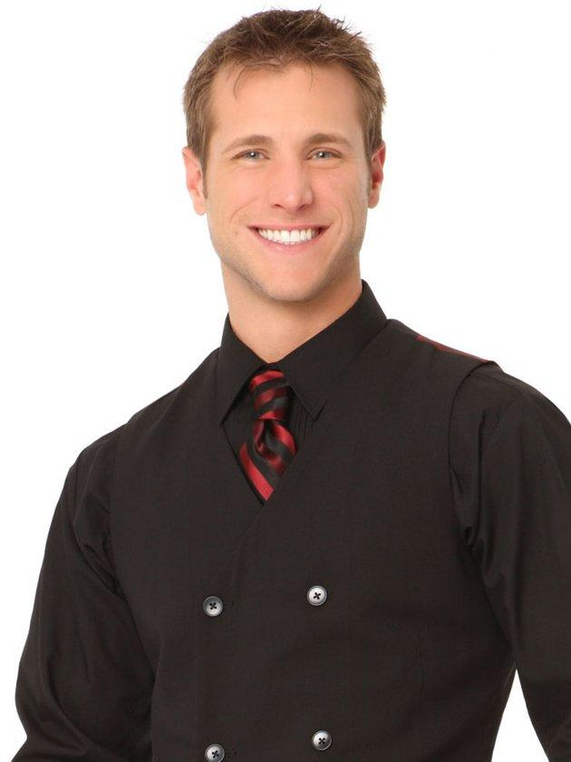 """Bachelor"" star Jake Pavelka said he had a good time dancing on the 10th season of ""DWTS,"" so why wasn't he cast on ""All-Stars""? Apparently, producers never approached him. ""If they would have actually made an offer, yeah, I would have done it, and I would have probably off the first week,"" Jake said when asked about ""All-Stars."" ""But it would have been fun to dance with [former partner] Chelsie Hightower again."