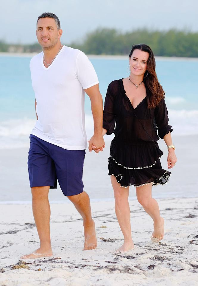 "<em>Real Housewives of Beverly Hills</em>' Kyle Richards and husband Mauricio Umansky took a quick trip to the <a href=""http://www.sandals.com/main/emerald/em-home/"">Sandals Emerald Bay</a> resort in the Bahamas. The all-inclusive resort sits on 500 ""tropical acres,"" according to the site, and offers its guests three pools and seven restaurants."