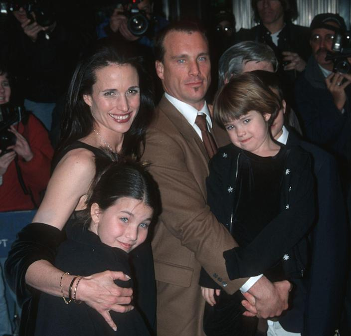<p>The daughters of Andie MacDowell and Paul Qualley were born on March 11, 1990, and October 23, 1994, respectively. </p>