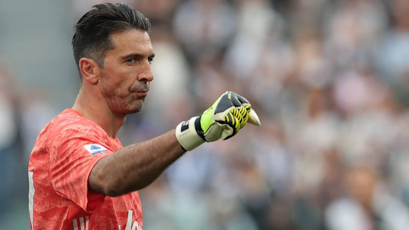 Buffon urged to play on beyond his 43rd birthday by former Juventus deputy Rubinho