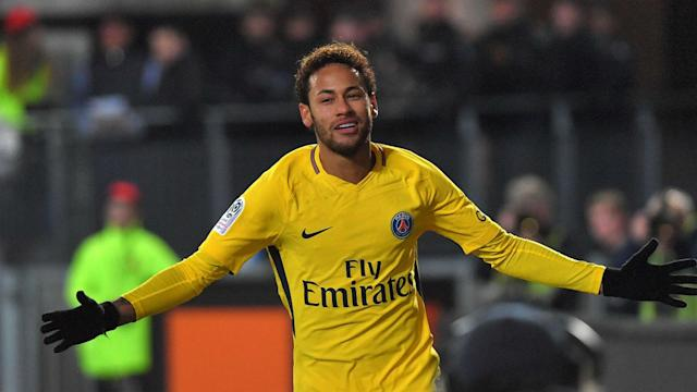 Neymar stole the show in Paris Saint-Germain's 4-1 defeat of Rennes, having a hand in all goals to leave Unai Emery singing his praises.