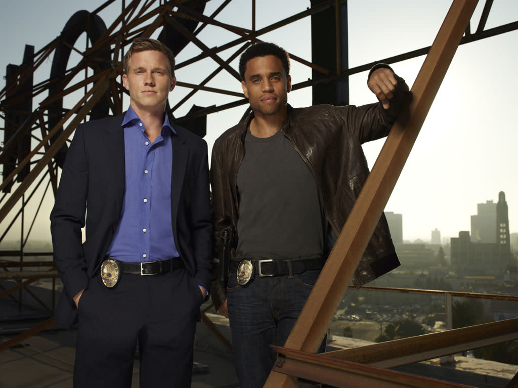 "<b>""<a href=""http://tv.yahoo.com/common-law/show/47541"">Common Law</a>""</b> (USA) <br><br> <a href=""http://tv.yahoo.com/news/official-common-law-cancelled-usa-225919392.html"" target=""_blank"">Read More</a>"