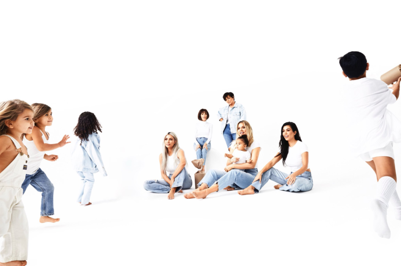 <p>A bigger part of the family emerges in the Day 19 reveal. (Photo: Eli Russell Linnetz/Kim Kardashian via Twitter) </p>