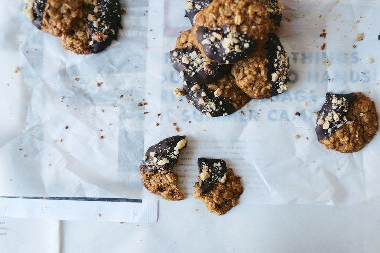 """<strong>Get the <a href=""""http://www.dollyandoatmeal.com/blog/2014/1/25/chocolate-dipped-oatmeal-hazelnut-cookies?rq=oatmeal%20cookie"""" target=""""_blank"""">Chocolate-Dipped Oatmeal Hazelnut Cookies recipe</a>fromDolly + Oatmeal</strong>"""