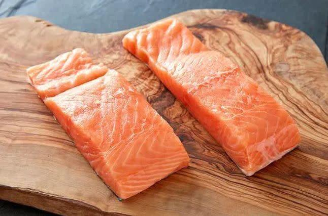 """<strong>How It Works:</strong> Sustainably caught and raised seafood in a totally customizable box delivered on your schedule with <a href=""""https://fave.co/3c61SAb"""" rel=""""nofollow noopener"""" target=""""_blank"""" data-ylk=""""slk:Crowd Cow"""" class=""""link rapid-noclick-resp"""">Crowd Cow</a>.<br><strong>Offerings: </strong>Choose from a wide variety of salmon, halibut, crab, shrimp and more. <br><strong>Pricing: </strong>Buy a 12-ounce pack of <a href=""""https://fave.co/2U4jnL6"""" rel=""""nofollow noopener"""" target=""""_blank"""" data-ylk=""""slk:salmon for $16"""" class=""""link rapid-noclick-resp"""">salmon for $16</a> or a 1-pound bag of <a href=""""https://fave.co/2U4jnL6"""" rel=""""nofollow noopener"""" target=""""_blank"""" data-ylk=""""slk:shrimp for $15"""" class=""""link rapid-noclick-resp"""">shrimp for $15</a>. Get free shipping on orders over $99.<br><strong>How To Try It</strong>: Visit <a href=""""https://fave.co/3c61SAb"""" rel=""""nofollow noopener"""" target=""""_blank"""" data-ylk=""""slk:Crowd Cow"""" class=""""link rapid-noclick-resp"""">Crowd Cow</a>."""