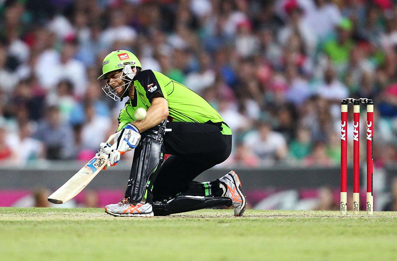 SYDNEY, AUSTRALIA - DECEMBER 08:  Ryan Carters of the Thunder bats during the Big Bash League match between the Sydney Sixers and the Sydney Thunder at Sydney Cricket Ground on December 8, 2012 in Sydney, Australia.  (Photo by Mark Nolan/Getty Images)