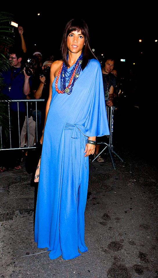 """There was no need for street cleaning after Veronica Webb swept through the arrivals area in her blue caftan. Janet Mayer/<a href=""""http://www.splashnewsonline.com"""" target=""""new"""">Splash News</a> - September 14, 2008"""