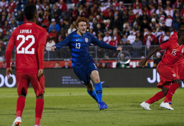"""<a class=""""link rapid-noclick-resp"""" href=""""/soccer/players/1361350/"""" data-ylk=""""slk:Josh Sargent"""">Josh Sargent</a> celebrates his first-half goal for rthe United States in Tuesday's 1-1 tie against Peru."""