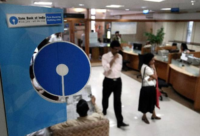 The stock closed at 316.45 level yesterday. Gross non-performing  assets (NPAs) fell to Rs 2,12,840 crore in the June quarter this year  compared to Rs 2,23,427 crore in the March quarter of last fiscal.