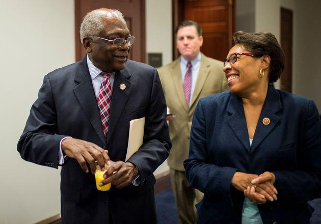 Rep. Jim Clyburn (D-S.C.), left, chats with then-Rep. Marcia Fudge (D-Ohio) in 2013. Clyburn has taken a keen interest in the race to succeed Fudge, who is now HUD secretary. (Photo: Bill Clark/Getty Images)