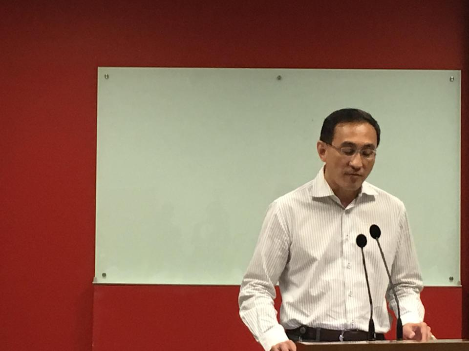 SMRT CEO Desmond Kuek had told staff in January 2018 that he had no plans of stepping down soon. Yahoo News Singapore file photo.