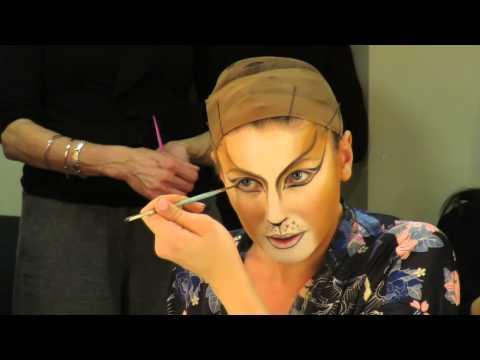 "<p>For an even more authentic <em>Cats </em>style, watch Broadway cast member Emily Keane get into character backstage to steal her secrets.</p><p><a href=""https://www.youtube.com/watch?v=r2DWKARavMI"" rel=""nofollow noopener"" target=""_blank"" data-ylk=""slk:See the original post on Youtube"" class=""link rapid-noclick-resp"">See the original post on Youtube</a></p>"