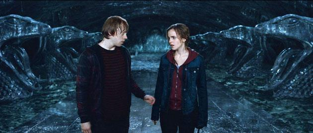 Behind the scenes of harry potter stars big kiss - Hermione granger and harry potter kiss ...