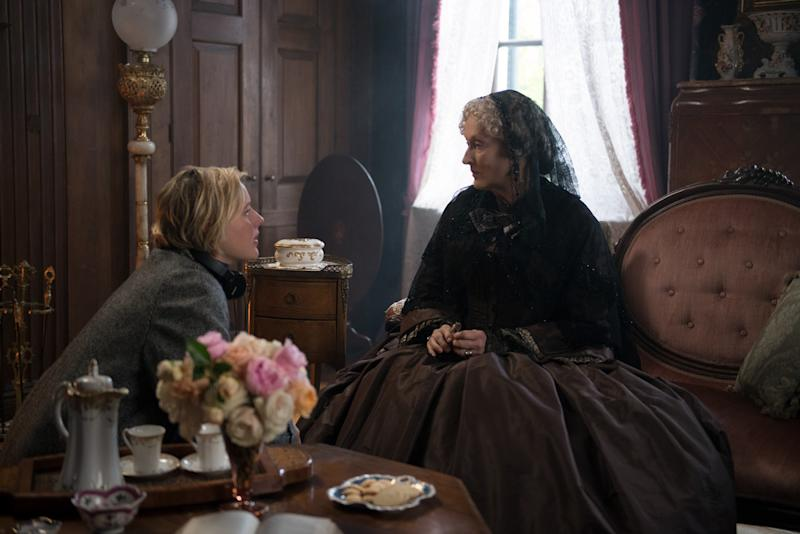 Greta Gerwig and Meryl Streep on the set of 'Little Women' (Sony)