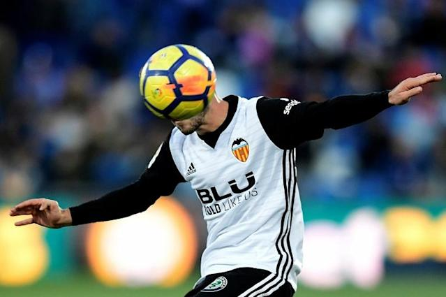 Valencia defender Jose Luis Gaya Pena controls the ball during the Spanish league football match Getafe CF vs Valencia CF at the Col. Alfonso Perez stadium in Getafe, Spain (AFP Photo/JAVIER SORIANO)