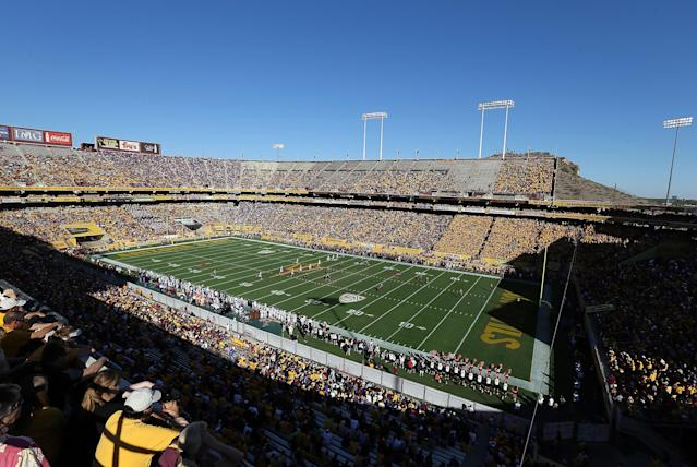 TEMPE, AZ - OCTOBER 19: General view of action between the Arizona State Sun Devils and the Washington Huskies during the college football game at Sun Devil Stadium on October 19, 2013 in Tempe, Arizona. (Photo by Christian Petersen/Getty Images)