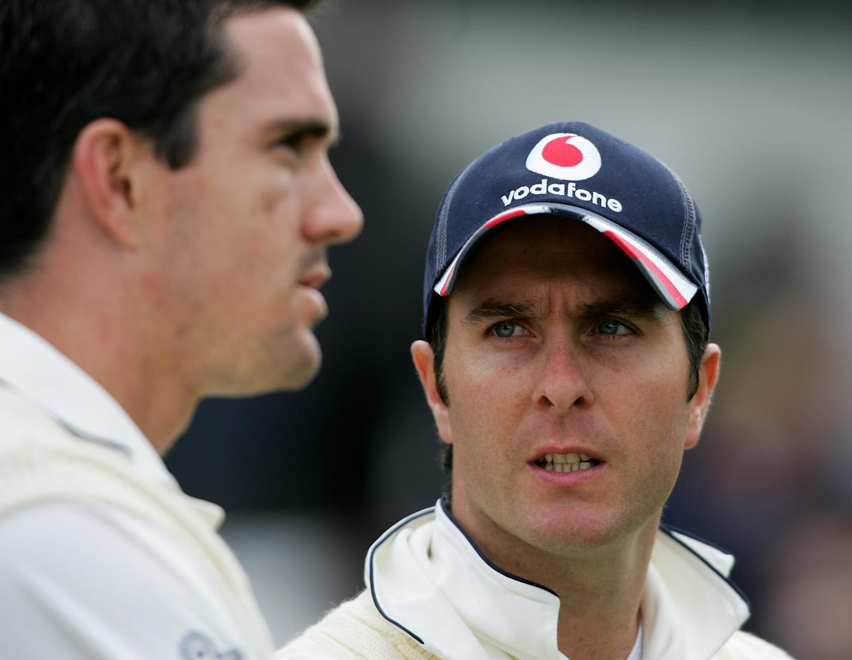 LEEDS, UNITED KINGDOM - MAY 28:  England captain Michael Vaughan (r) chats to Kevin Pietersen during day 4 of the Second npower Test Match between England and the West Indies at Headingley on May 28, 2007 in Leeds, England.  (Photo by Stu Forster/Getty Images)