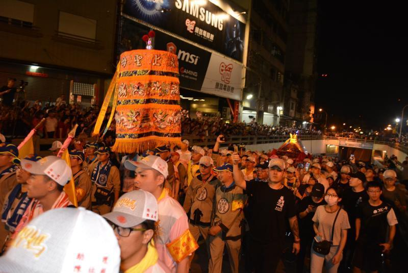 <p>The Dajia Matsu Pilgrimage, the largest annual religious procession in Taiwan, will depart on Thursday evening and return on June 20, the organizerannounced Monday. (NOWnews)</p>