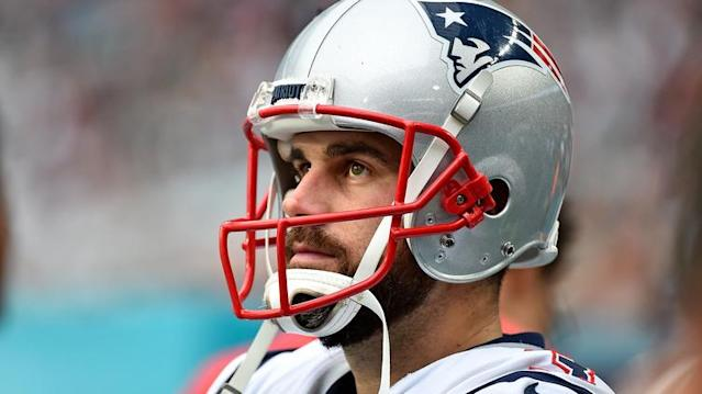 Despite the avalanche of NFL free agency moves over the last several days, long time Patriots kicker Stephen Gostkowski still remains on the street.