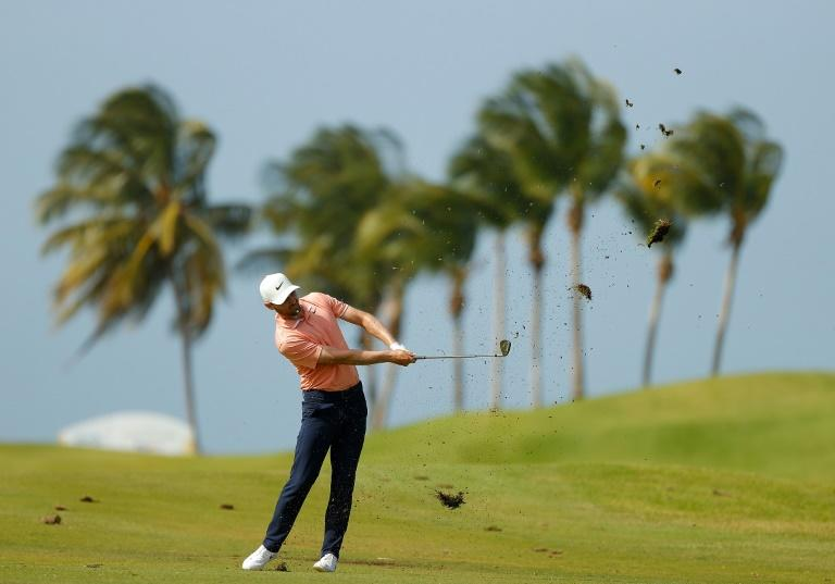 American Kyle Stanley has a two-shot lead after the first round of the US PGA Tour Puerto Rico Open