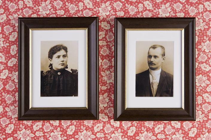 """<p>It might seem odd buying photos of other people's friends and family at garage sales. If you get lucky, however, it could be worth millions—like the image of Billy the Kid discovered in a thrift store and since <a href=""""https://www.giveitlove.com/the-worlds-most-valuable-thrift-store-and-garage-sale-finds/13/?chrome=1"""" rel=""""nofollow noopener"""" target=""""_blank"""" data-ylk=""""slk:appraised at $5 million"""" class=""""link rapid-noclick-resp"""">appraised at $5 million</a>.</p>"""