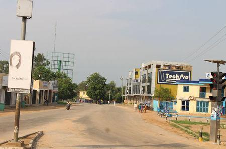 A general view shows a deserted street following recent fighting in Juba, South Sudan, July 12, 2016. REUTERS/Stringer