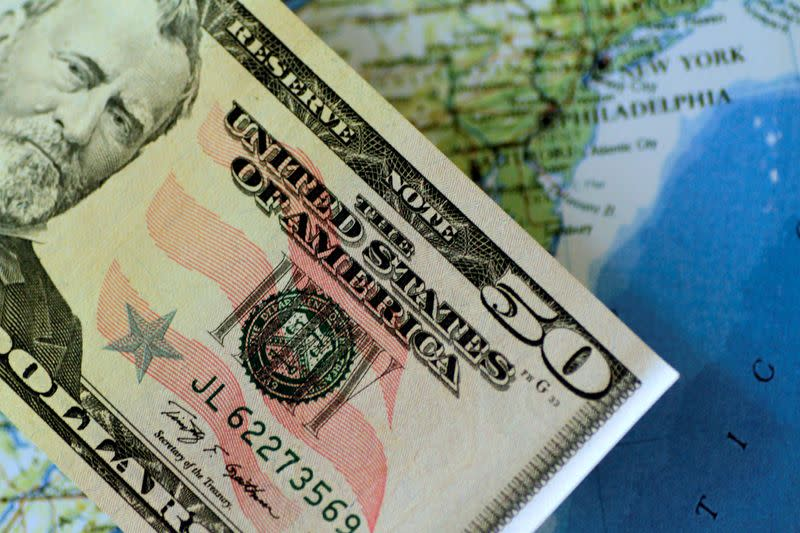 Government aid, stock gains push U.S. wealth to pre-pandemic levels, Fed says