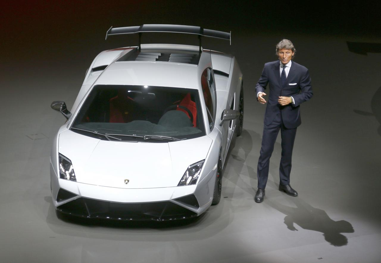 """Lamborghini, CEO Stephan Winkelmann presents the new """"Gallardo"""" during the Volkswagen group night at the Frankfurt motor show September 9, 2013. The world's biggest auto show is open to the public September 14 -22. REUTERS/Kai Pfaffenbach (GERMANY - Tags: BUSINESS TRANSPORT)"""