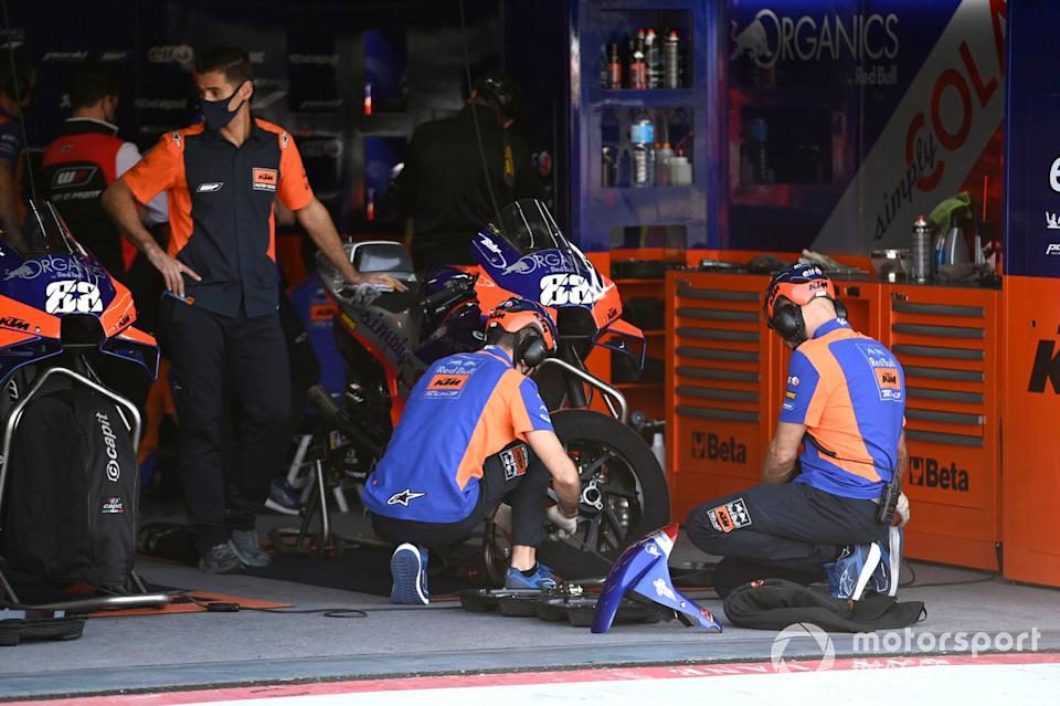 """Red Bull KTM Tech3 Team<span class=""""copyright"""">Gold and Goose / Motorsport Images</span>"""