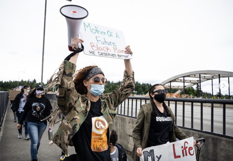 "Seahawks wives organize ""Bridge to the Future"" march in support of Black Lives Matter"
