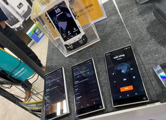<small>The Pundi X BOB phone. (Photo by Brady Dale for CoinDesk)</small>