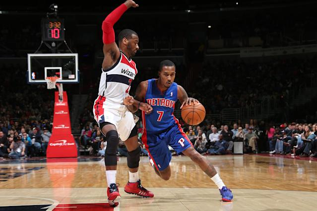 WASHINGTON, DC - JANUARY 18: Brandon Jennings #7 of the Detroit Pistons drives against John Wall #2 of the Washington Wizards during the game at the Verizon Center on January 18, 2014 in Washington, DC. (Photo by Ned Dishman/NBAE via Getty Images)