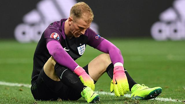 Joe Hart has acknowledged his poor performances at Euro 2016 were a major blow for his confidence.