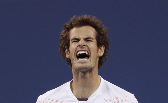 Britain's Andy Murray reacts after missing a point against Serbia's Novak Djokovic during the men's singles final match at the U.S. Open tennis tournament in New York, September 10, 2012. REUTERS/Adam Hunger (UNITED STATES - Tags: SPORT TENNIS)