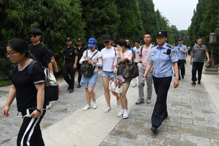Alleging lax supervision, thousands of people who lost money in P2P lending protested in Beijing's financial district last year, prompting a huge police presence to thwart the demonstration