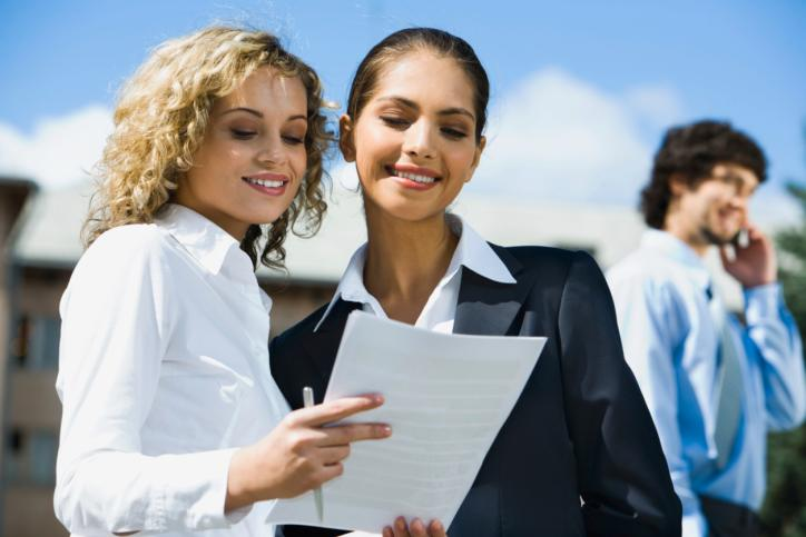 10 job search tips for new graduates