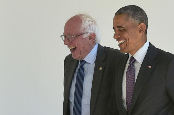 Then-President Barack Obama, right, walks with 2016 Democratic presidential candidate Sen. Bernie Sanders of Vermont at the White House on June 9, 2016. (Photo: MANDEL NGAN via Getty Images)