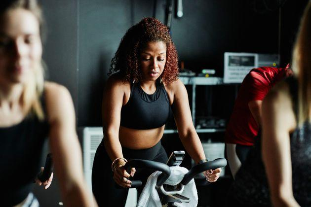 Your body got you through a global pandemic, be kind to it (and yourself) as you head back to the gym or your fitness classes. (Photo: Thomas Barwick via Getty Images)