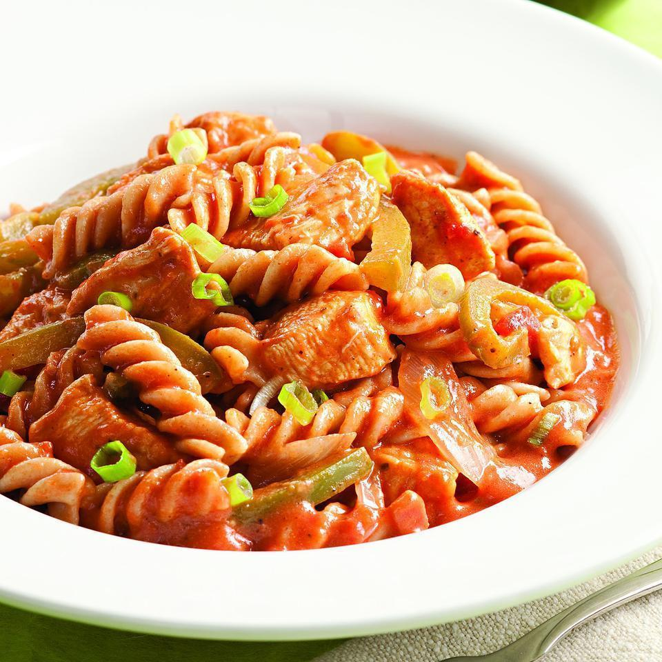<p>This zesty Cajun-style pasta is full of lean chicken, peppers and onions. Serve with sautéed green beans.</p>