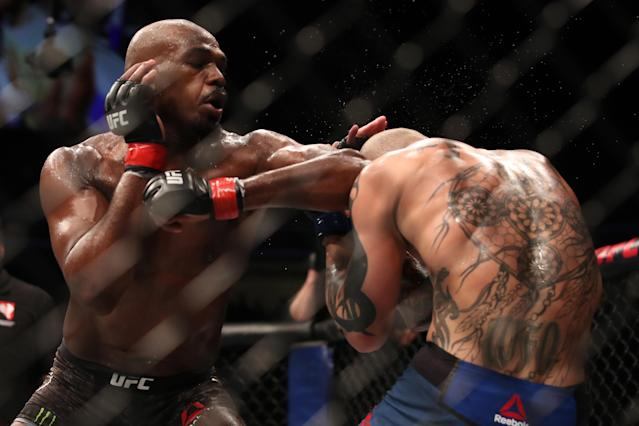 "Jon Jones elbows <a class=""link rapid-noclick-resp"" href=""/ncaaf/players/276461/"" data-ylk=""slk:Anthony Smith"">Anthony Smith</a> in their UFC light heavyweight championship bout during UFC 235 at T-Mobile Arena on March 2, 2019 in Las Vegas. (Zuffa LLC)"