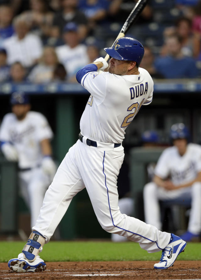 Kansas City Royals' Lucas Duda follows through on a two-run bloop single off Minnesota Twins starting pitcher Kyle Gibson during the first inning of a baseball game at Kauffman Stadium in Kansas City, Mo., Friday, July 20, 2018. (AP Photo/Orlin Wagner)