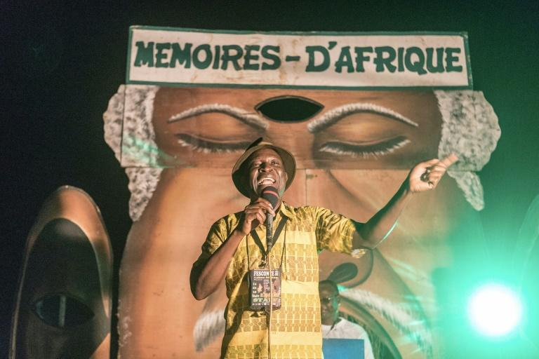 The power of the word: A professional storyteller in action at the 'Memories of Africa' festival