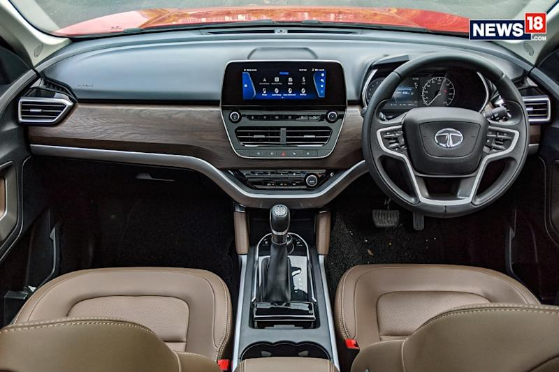 Tata-Harrier-Automatic-Review-Interiors